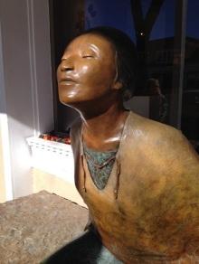 Indian Woman - Santa Fe sculpture - close-up
